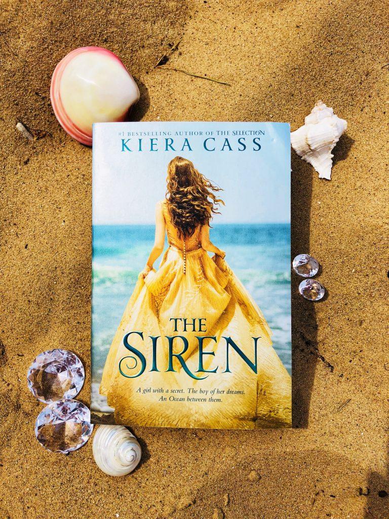 Siren Buch im Sand